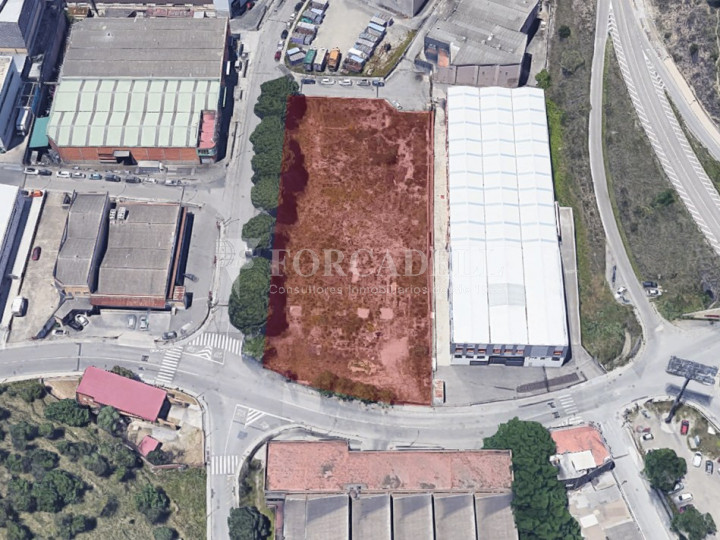 Solar industrial en venta de 5336 m² - Montcada i Reixach, Barcelona 3