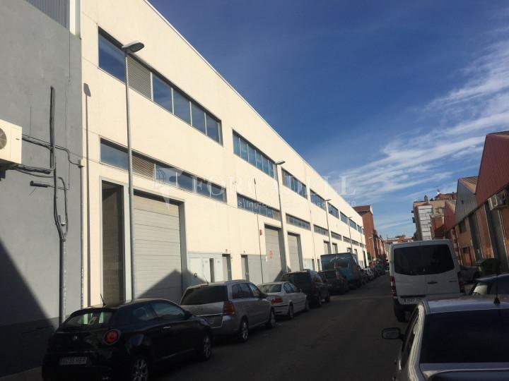 Nau industrial en venda de 786 m² - Cornellà de Llobregat, Barcelona. 1