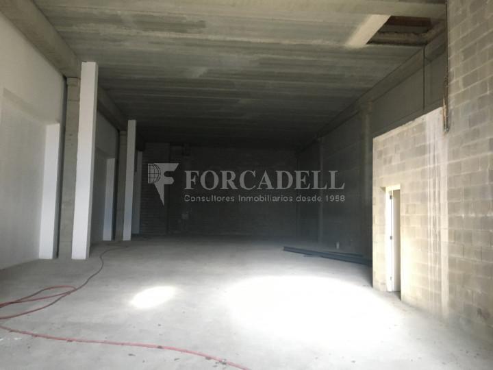 Nau industrial en venda de 786 m² - Cornellà de Llobregat, Barcelona. 3