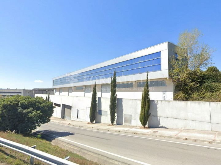 Nau industrial en venda de 1.295 m² - Barberà de Vallès, Barcelona 1