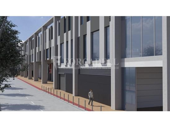 Nau corporativa d'obra nova de 2.054 m² en venda a Barcelona 3
