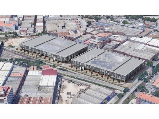 Nau corporativa d'obra nova de 4.108 m² en venda a Barcelona 2
