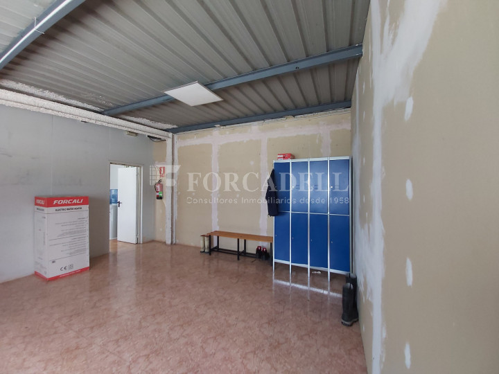 Nave industrial en venta con camaras de frio de 2.117 m² - Mercabarna, Barcelona  10
