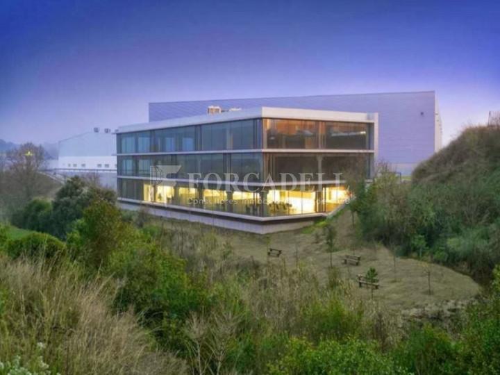 Nave logística en venta o alquiler de 17.067 m² -Caldes de Montbui, Barcelona  1