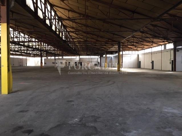 Nau industrial en venda o lloguer d'5.520 m² - Montcada i Reixac, Barcelona 1