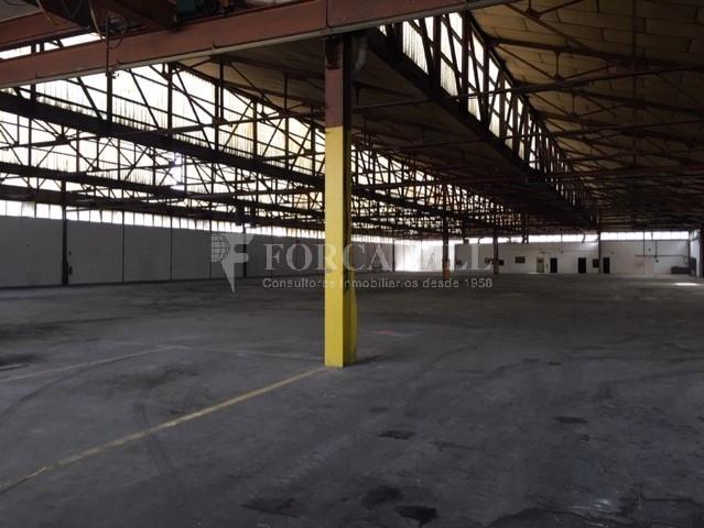 Nau industrial en venda o lloguer d'5.520 m² - Montcada i Reixac, Barcelona 2