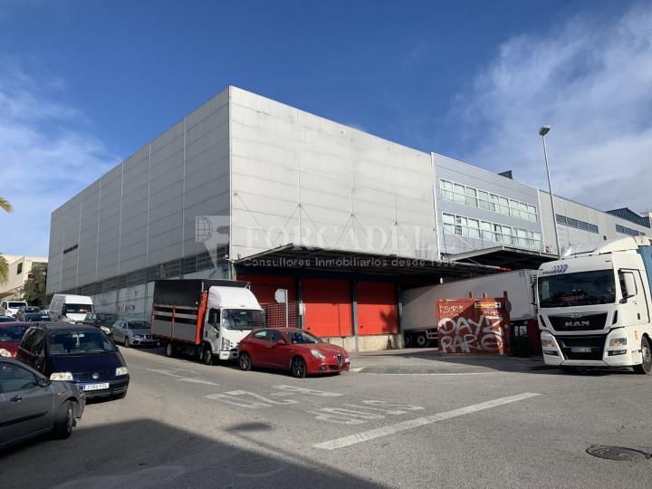Nau industrial en venda de 1.968 m² - Badalona, Barcelona 2