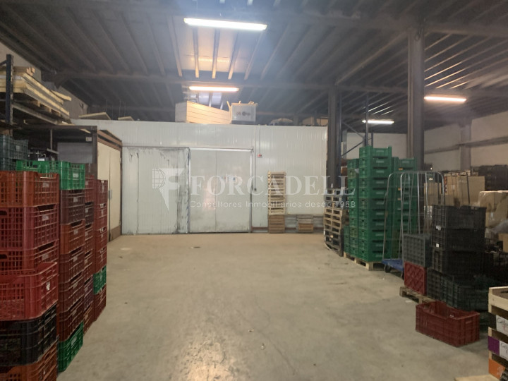 Nau industrial en venda de 1.968 m² - Badalona, Barcelona 6
