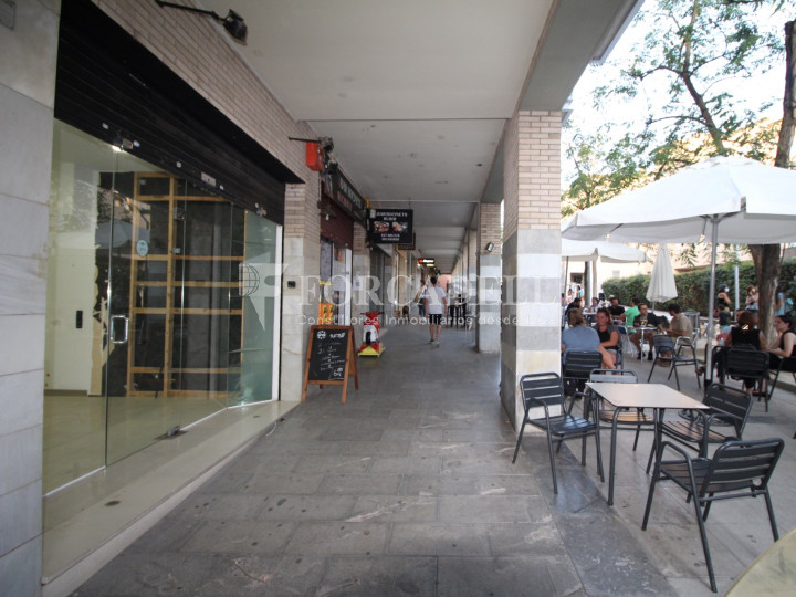 Local comercial disponible a Terrassa, Barcelona. 21