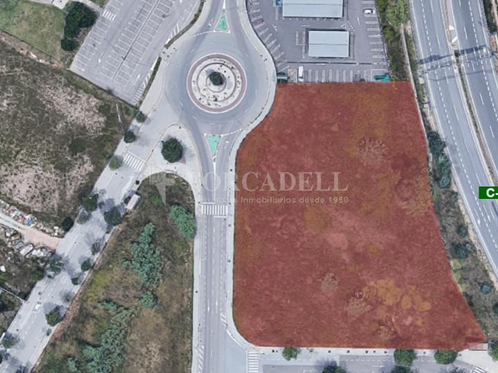 Solar industrial en venda de 7.298 m² - Les Franqueses de Vallès, Barcelona. 1