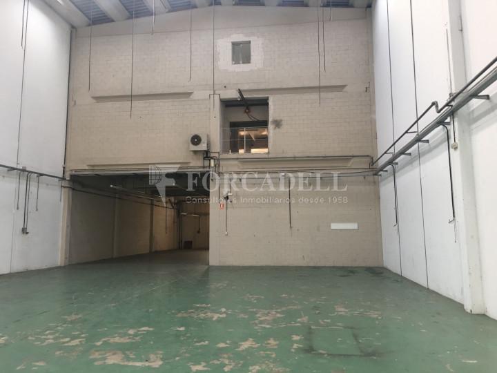 Nave industrial en venta o alquiler de 1.277 m² - Barberà del Vallès, Barcelona.  #2