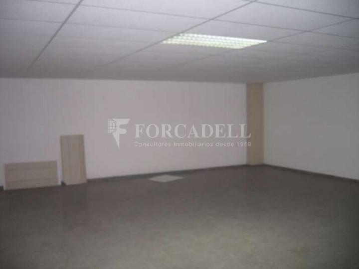 Nave industrial en venta o alquiler de 1.277 m² - Barberà del Vallès, Barcelona.  #4