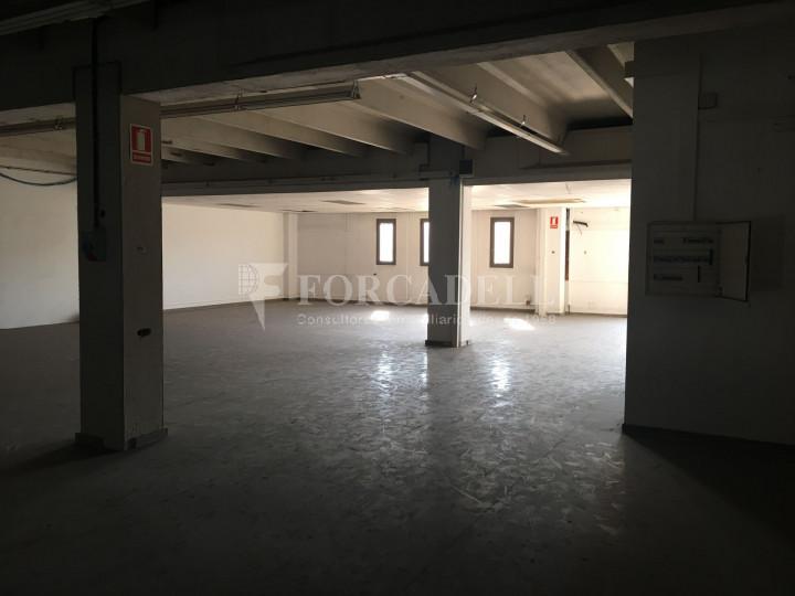 Nave industrial en venta o alquiler de 1.277 m² - Barberà del Vallès, Barcelona.  #5