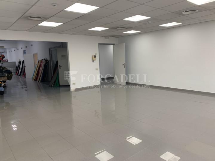 Nau industrial en venda o lloguer de 1.495 m² - Barcelona 13