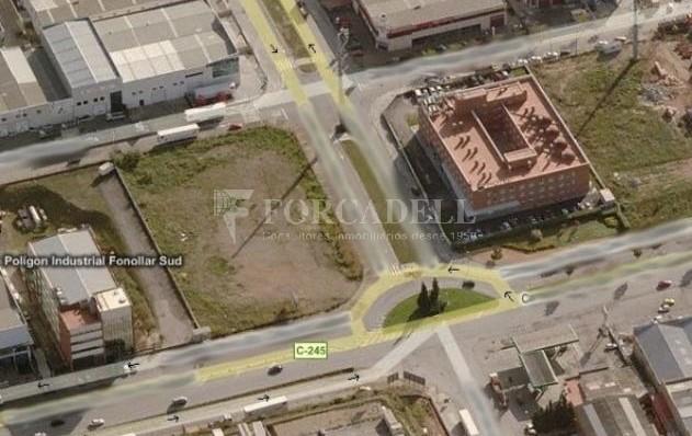 Solar Industrial  en venta/Alquiler - 6.085 m² - Pol. Can Calderon. Cod. 5935 1