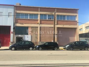 Nau industrial en venda de 437 m² - Barcelona.