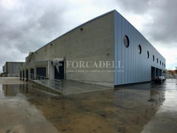 Nave industrial - logística en alquiler de 4.770 m² - Barcelona.