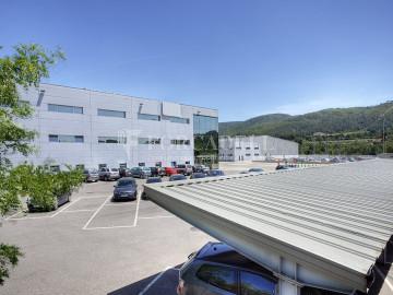 Nau logística en lloguer de 19.628 m² - Santa Perpètua de Mogoda, Barcelona