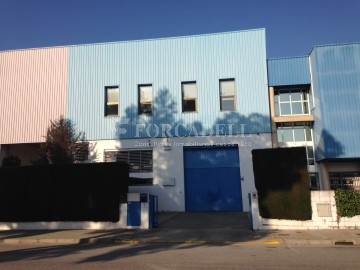 Nave industrial en venta de 820 m² - Granollers, Barcelona.