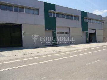 Nau corporativa d'obra nova de 4.108 m² en venda a Barcelona
