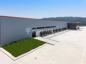 Plataforma logística en alquiler de 21.814  m²  - Pla de Santa Maria, Tarragona.