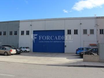 Nau industrial en venda de 500 m² - Sant Esteve Sesrovires