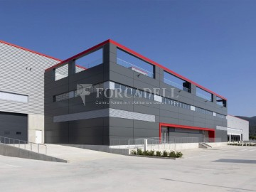 Nave industrial en alquiler de 4.715 m² - Sant Andreu de la Barca, Barcelona