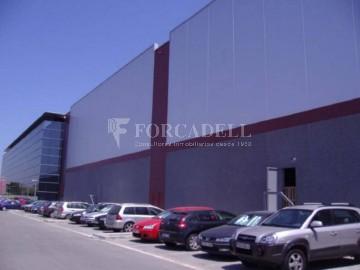 Nau logística en lloguer de 6.096 m² - Parets del Vallès, Barcelona