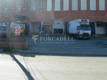 Nave industrial en venta de 500 m² - Sant Esteve Sesrovires, Barcelona