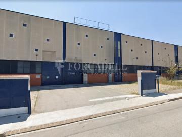 Nau industrial en venda de 786 m² - Cornellà de Llobregat, Barcelona.