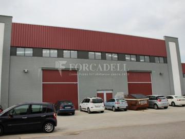Nau industrial en venda o lloguer de 600 m² - Ripollet, Barcelona