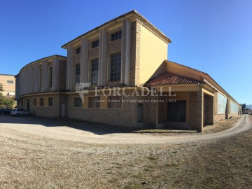Nau industrial en venda de 820 m² - Granollers, Barcelona.