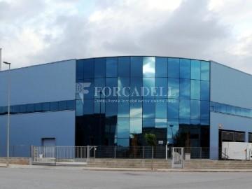 Nau industrial en venda o lloguer de 918 m² - Gavà, Barcelona