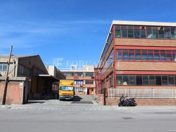 Nau corporativa d'obra nova de 5.136 m² en venda a Barcelona