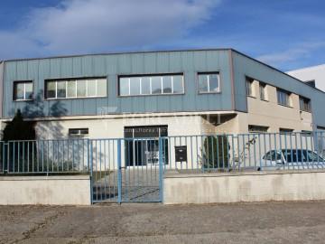 Nave corporativa de obra nueva de 11.455 m² en venta en Barcelona