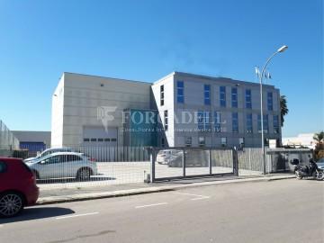 Nau industrial de lloguer de 672 m² - Granollers, Barcelona