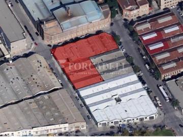 Nau industrial en venda de 2.273 m² - Montcada i Reixac, Barcelona