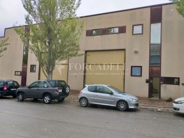 Nave industrial en venta de 1.060 m² - Granollers, Barcelona