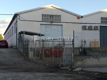 Nau industrial en venda de 1.324 m² - Sant Feliu de Llobregat, Barcelona.