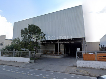 Nau industrial en venda o lloguer de 1.495 m² - Barcelona