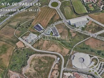Solar Industrial en venda/lloguer - 6.085 m² - Pol Can Calderon. Cod 5935