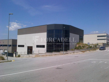Nau industrial en lloguer de 4.306 m² - Sabadell, Barcelona