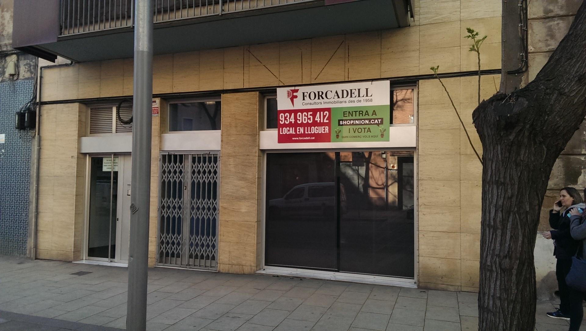 Local oficina en lloguer acondicionat al c sagrega for Oficina treball barcelona