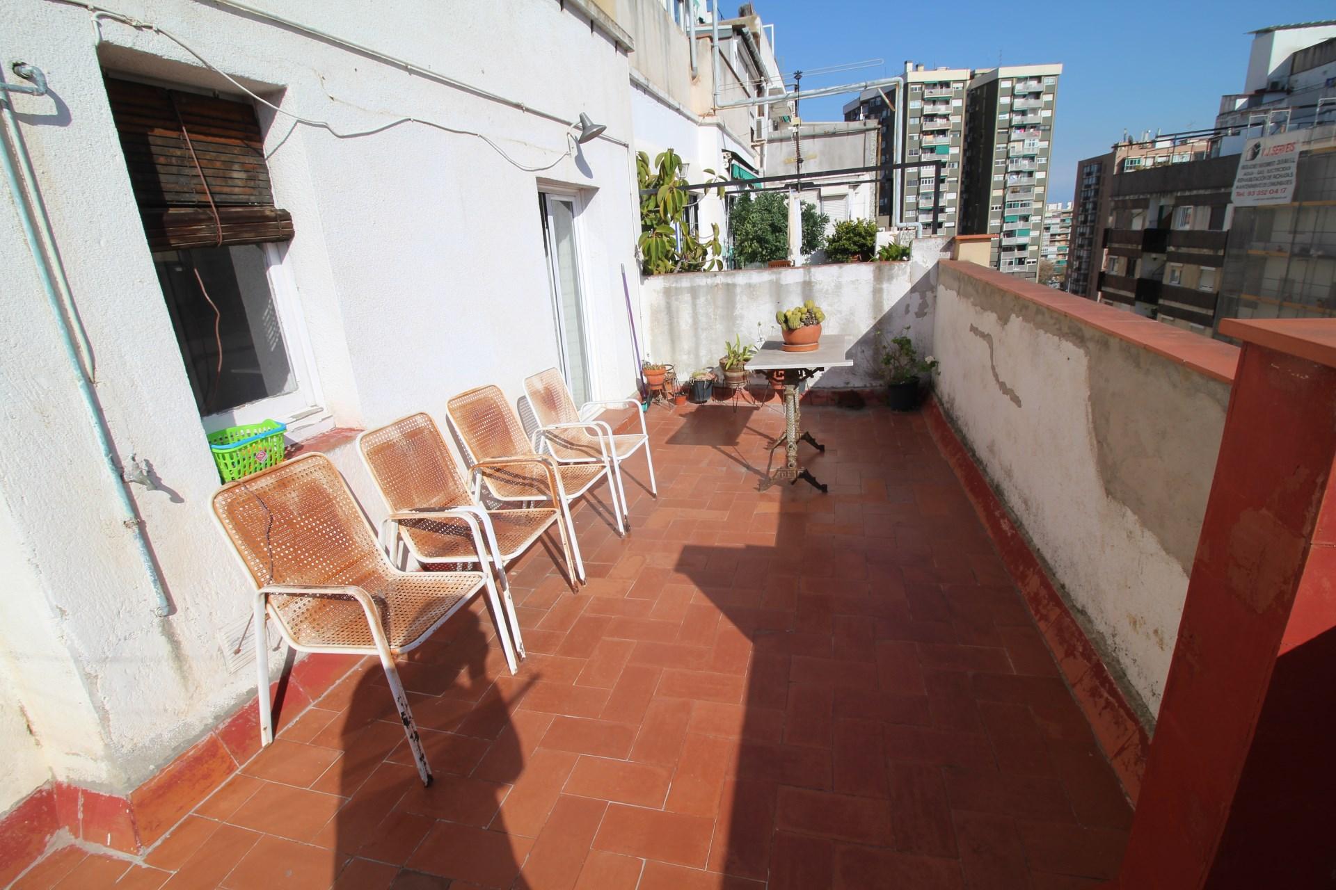 Fant stico tico a la venta en barcelona en el barrio de - Barrio de sant andreu ...