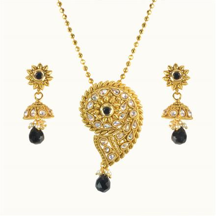 10155 Antique Classic Pendant Set with gold plating