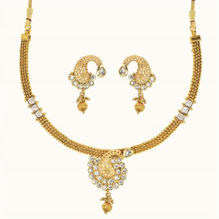 10493 Antique Delicate Necklace with gold plating