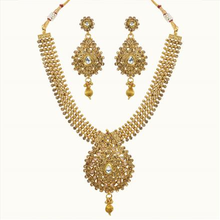 10617 Antique Classic Necklace with gold plating