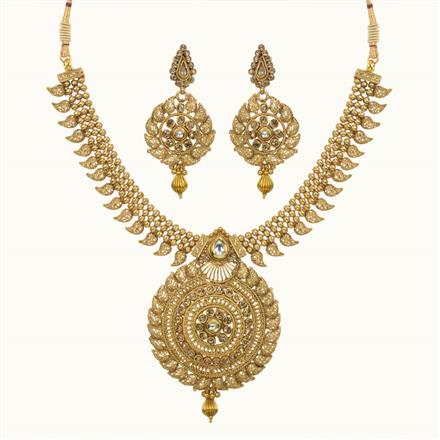 10619 Antique Classic Necklace with gold plating