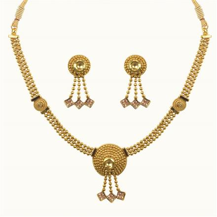 10636 Antique Delicate Necklace with gold plating