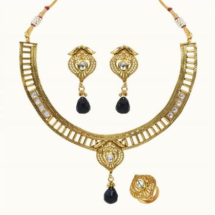 10657 Antique Delicate Necklace with gold plating